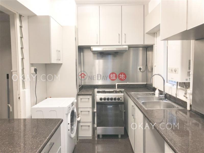 Tasteful 3 bedroom with balcony | Rental, Block 2 Phoenix Court 鳳凰閣 2座 Rental Listings | Wan Chai District (OKAY-R23883)