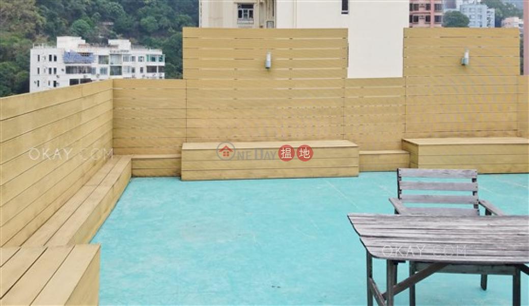 HK$ 31M Fine Mansion | Wan Chai District, Unique penthouse with rooftop & parking | For Sale