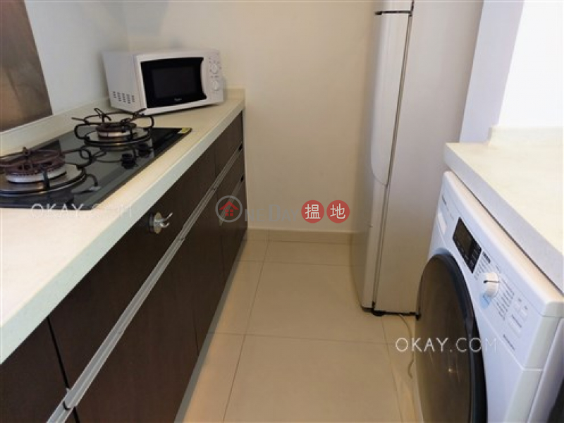 HK$ 35,000/ month, Po Wing Building, Wan Chai District Popular 2 bedroom on high floor with terrace   Rental