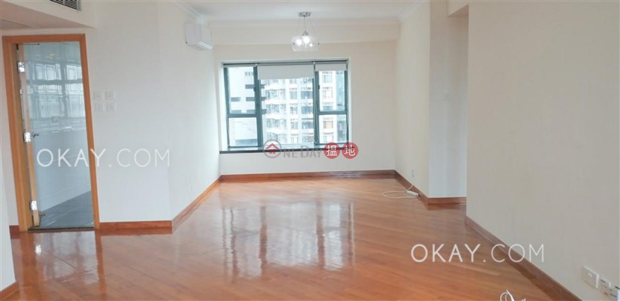 Tasteful 3 bedroom with harbour views & parking   Rental   80 Robinson Road 羅便臣道80號 Rental Listings