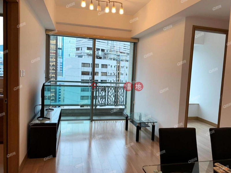 York Place | 2 bedroom Mid Floor Flat for Rent | 22 Johnston Road | Wan Chai District, Hong Kong | Rental HK$ 28,800/ month