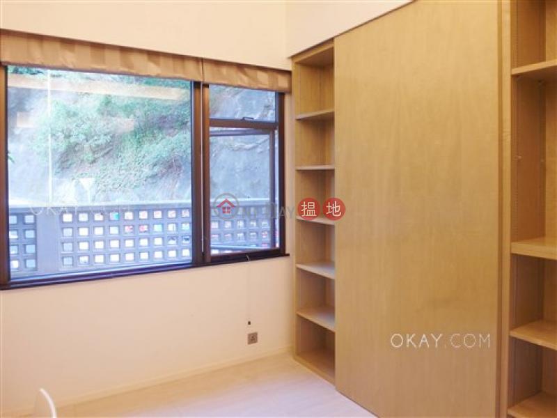 HK$ 2,680萬|碧荔道18-24號|西區|3房2廁,連車位《碧荔道18-24號出售單位》