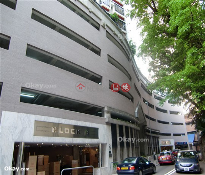 HK$ 14M Tycoon Court Western District, Rare penthouse with harbour views & rooftop | For Sale