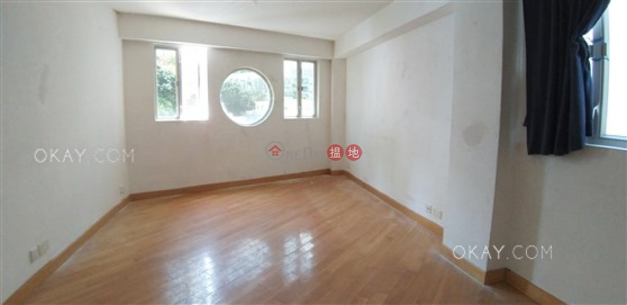 Beautiful 3 bed on high floor with rooftop & parking | Rental | Phase 2 Villa Cecil 趙苑二期 Rental Listings