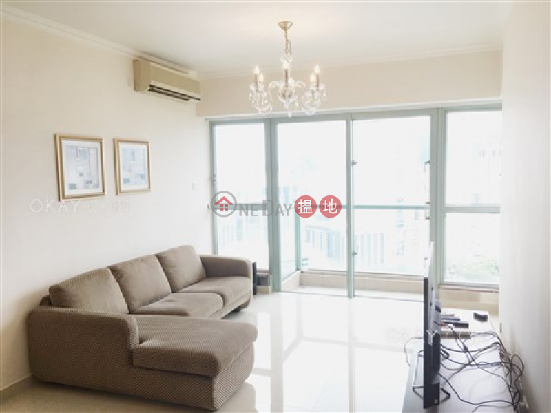 HK$ 50,000/ month Tower 2 The Victoria Towers Yau Tsim Mong, Unique 3 bedroom with sea views & balcony | Rental