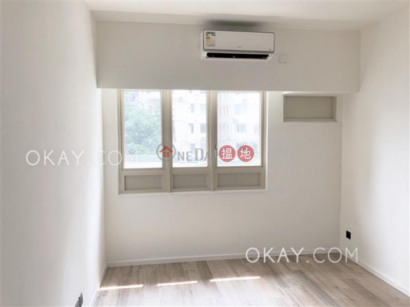 3房2廁,連車位,露台《勝宗大廈出租單位》74-76麥當勞道   中區香港-出租HK$ 85,000/ 月