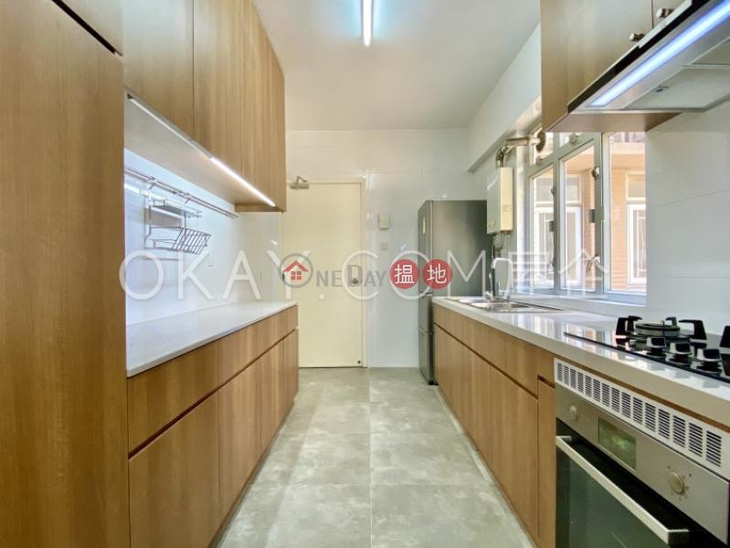 HK$ 82,000/ month Scenic Villas | Western District | Efficient 4 bedroom with sea views, balcony | Rental