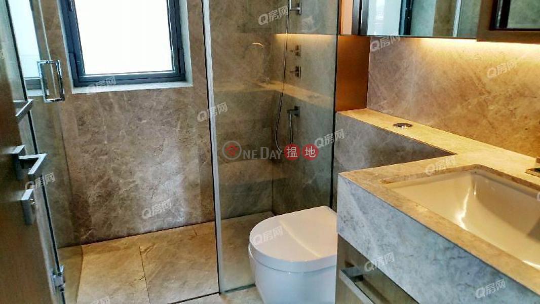 HK$ 77,000/ month Azura, Central District, Azura   3 bedroom Low Floor Flat for Rent
