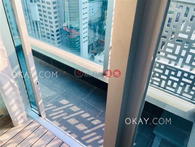 1房1廁,極高層,露台《嘉薈軒出租單位》|嘉薈軒(J Residence)出租樓盤 (OKAY-R85951)