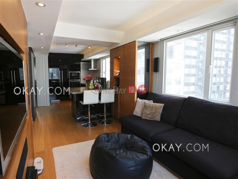 Tasteful 2 bedroom in Mid-levels West | For Sale | Tim Po Court 添寶閣 Sales Listings