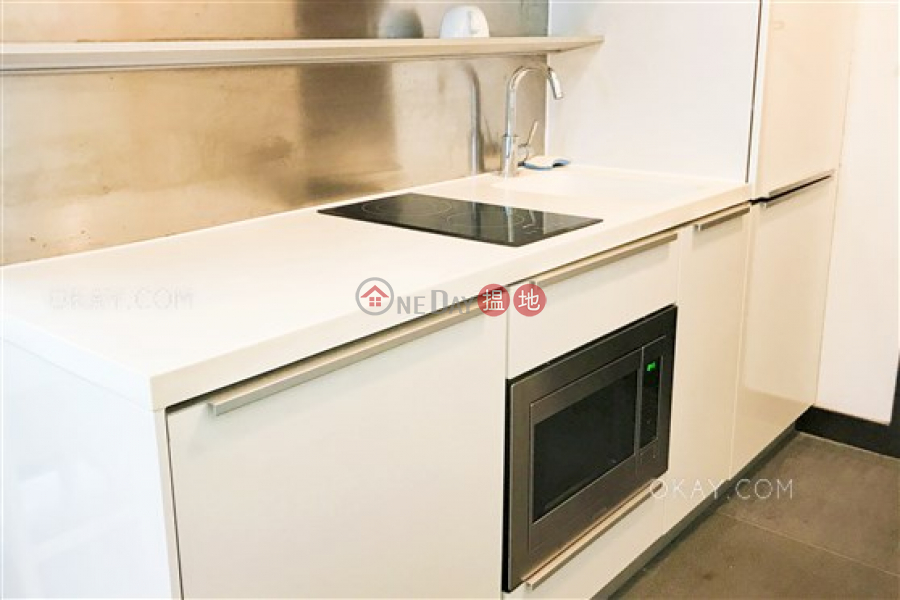 Popular 2 bedroom on high floor with balcony | For Sale | J Residence 嘉薈軒 Sales Listings