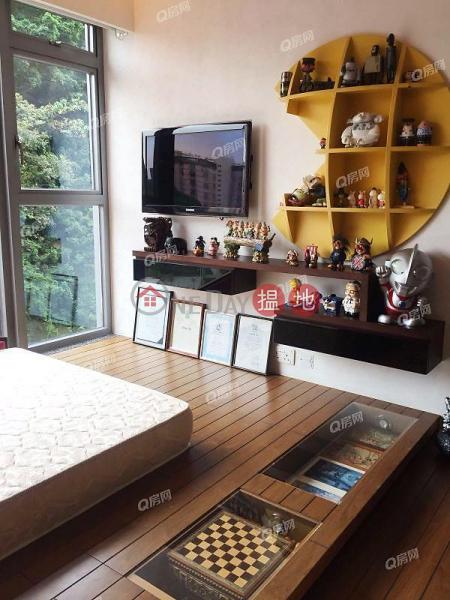 HK$ 23M Serenade | Wan Chai District | Serenade | 2 bedroom Low Floor Flat for Sale
