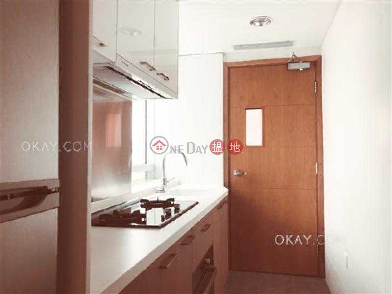 Generous 2 bedroom on high floor with balcony | Rental | GRAND METRO 都匯 Rental Listings