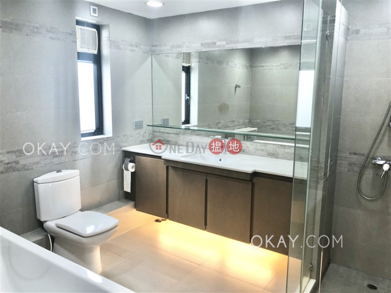 HK$ 19.3M Hing Keng Shek | Sai Kung Stylish house with rooftop, terrace & balcony | For Sale