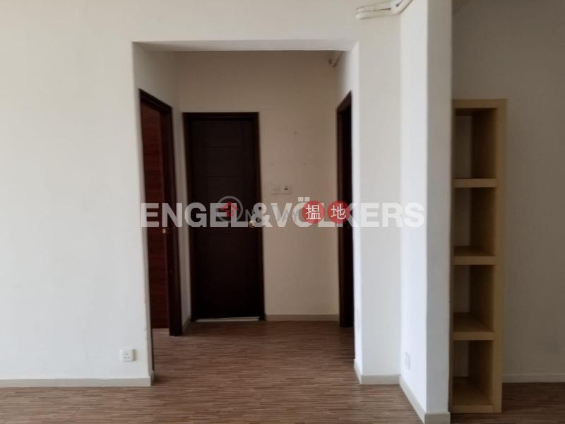 3 Bedroom Family Flat for Rent in Yau Kam Tau | Nga Lai Yuen 雅麗苑 Rental Listings