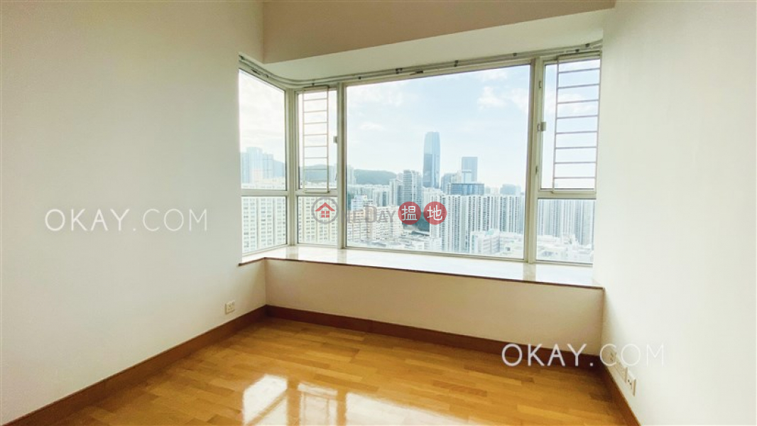 Property Search Hong Kong | OneDay | Residential | Sales Listings | Elegant 2 bedroom on high floor with sea views | For Sale