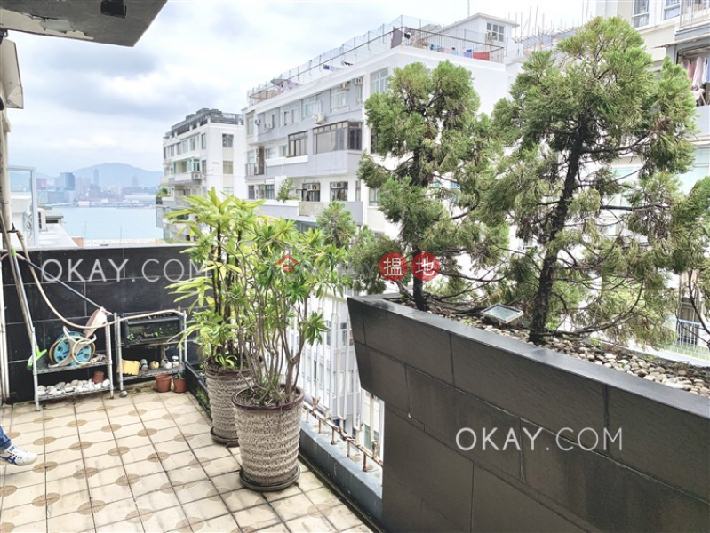 Lovely 3 bedroom with sea views & balcony | Rental | Hamilton Mansion 美登大廈 Rental Listings