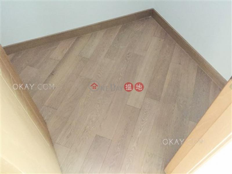 HK$ 39,000/ month Belcher\'s Hill, Western District   Nicely kept 3 bedroom with balcony   Rental