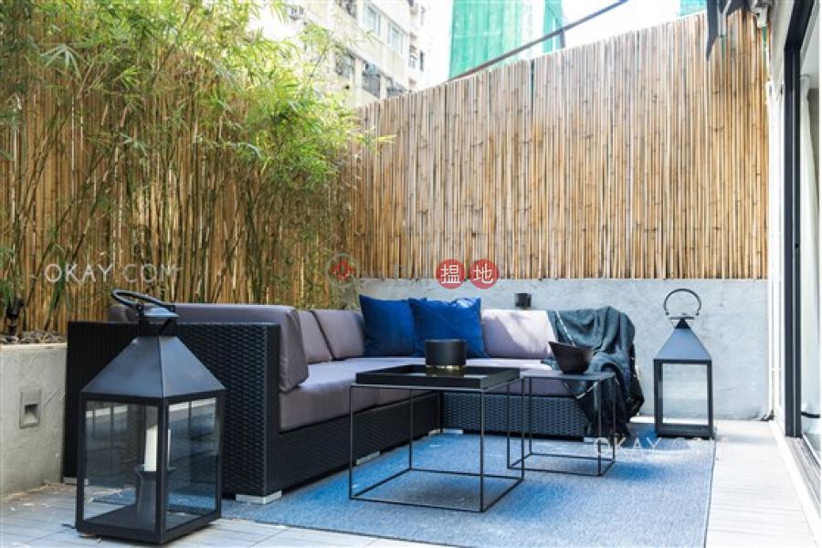Tasteful 2 bedroom with terrace | For Sale | Hang Sing Mansion 恆陞大樓 Sales Listings