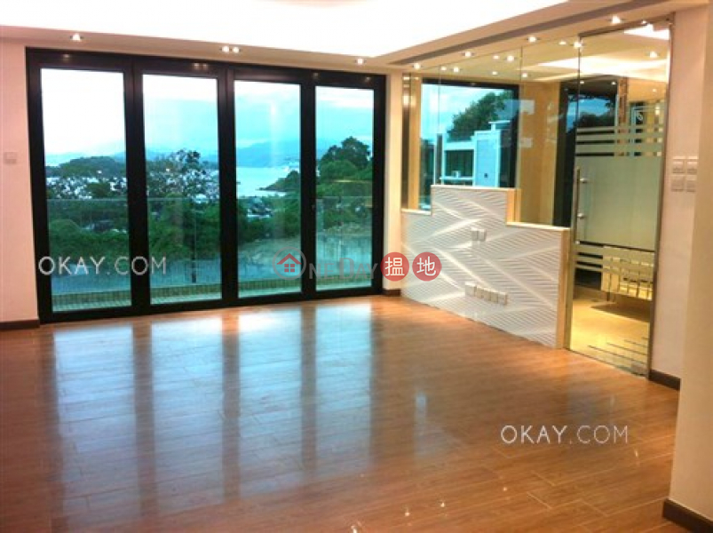 Gorgeous house with sea views, rooftop & balcony   Rental   La Caleta 盈峰灣 Rental Listings