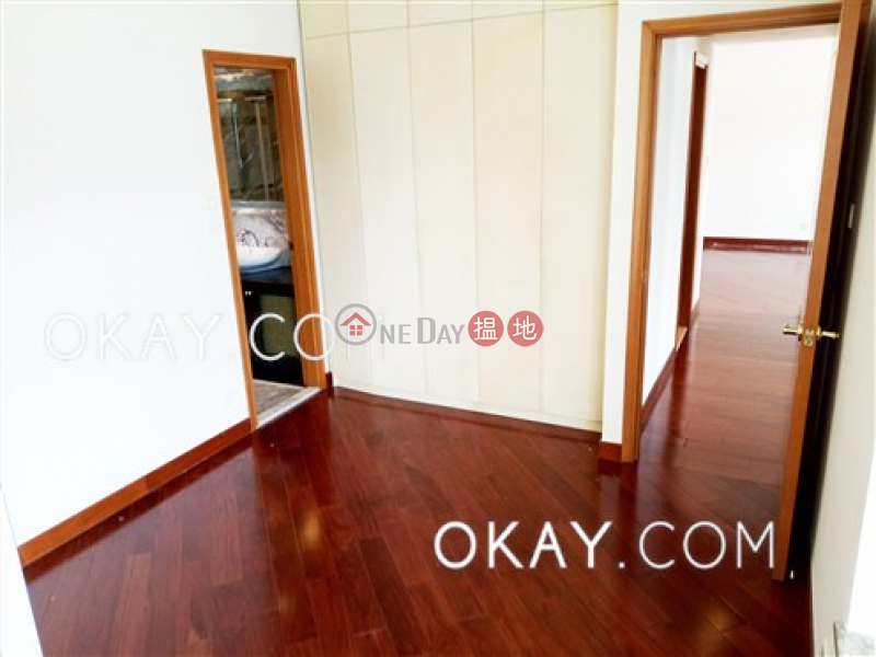 HK$ 50,000/ month The Arch Sky Tower (Tower 1) Yau Tsim Mong, Gorgeous 3 bedroom with sea views & balcony | Rental