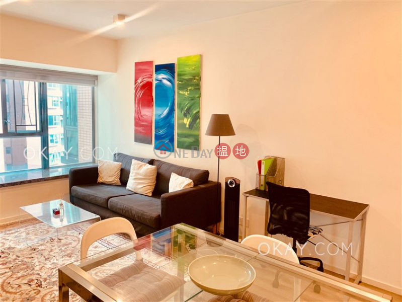 Queen\'s Terrace, Middle Residential Sales Listings, HK$ 12M