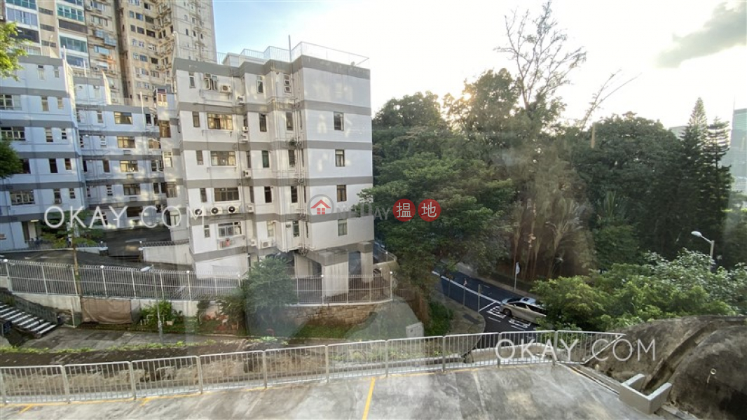 HK$ 58,000/ month, Loong Fung Terrace Wan Chai District, Stylish 3 bedroom with parking | Rental