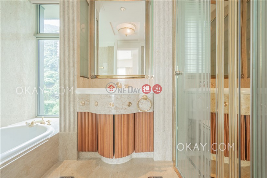 Property Search Hong Kong | OneDay | Residential | Rental Listings | Luxurious 3 bedroom in Mid-levels Central | Rental