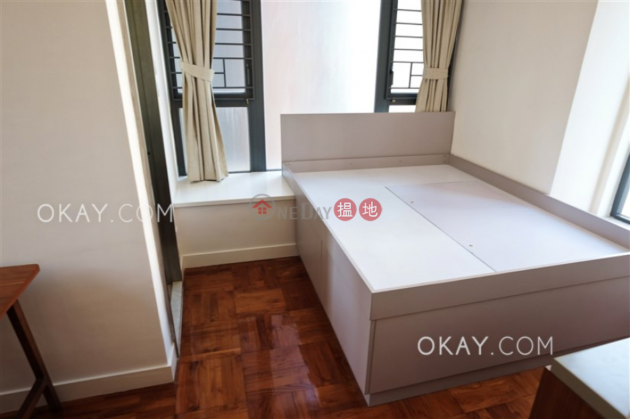 Unique 2 bedroom with balcony | Rental, 18 Catchick Street 吉席街18號 Rental Listings | Western District (OKAY-R294131)