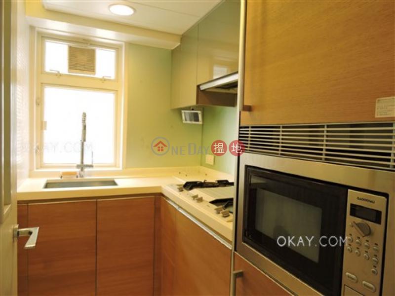 HK$ 27,000/ 月|聚賢居中區-2房1廁,極高層,星級會所,露台《聚賢居出租單位》