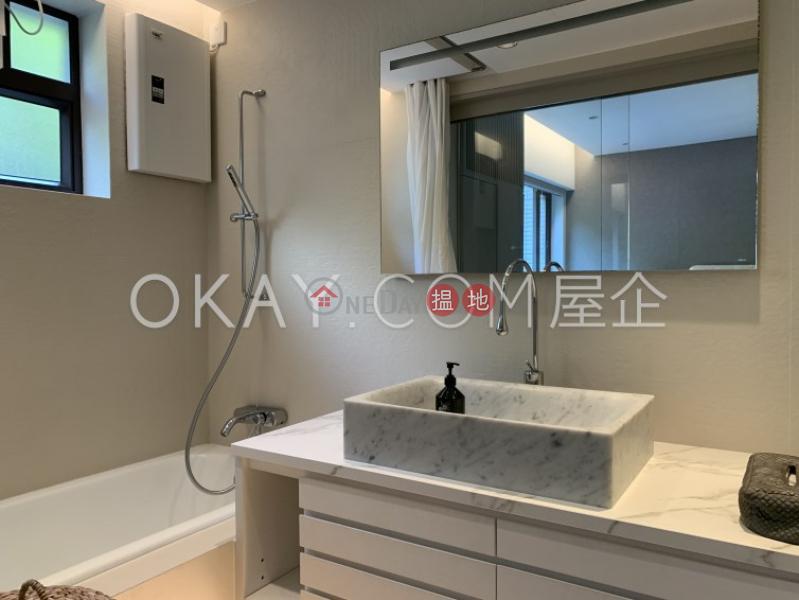 HK$ 65,000/ month, Skyline Mansion, Western District Efficient 3 bedroom with parking | Rental
