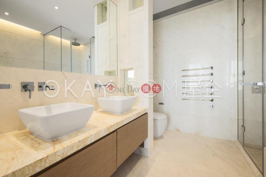 HK$ 280,000/ month | 7-15 Mount Kellett Road Central District, Unique 4 bedroom with rooftop, balcony | Rental