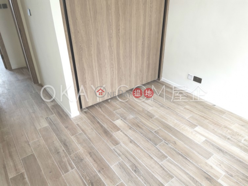 Stylish 3 bedroom with balcony | Rental, St. Joan Court 勝宗大廈 Rental Listings | Central District (OKAY-R33194)