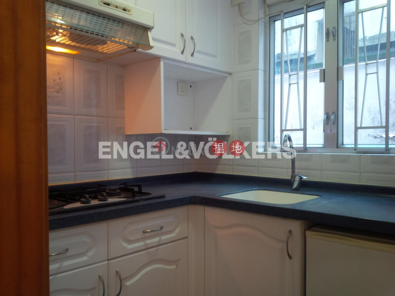 HK$ 24,000/ month | 89 Caine Road | Central District 2 Bedroom Flat for Rent in Soho