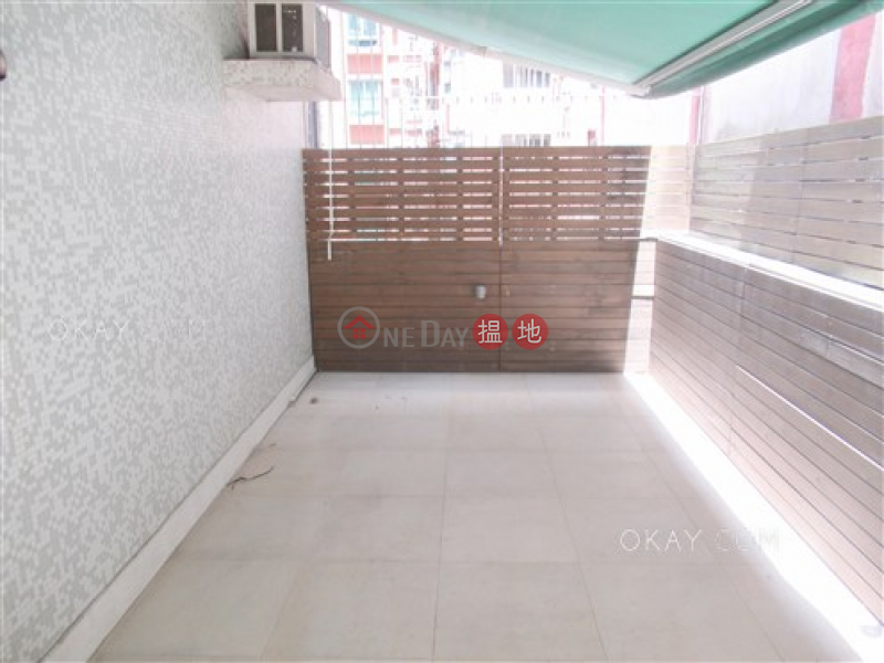 香港搵樓|租樓|二手盤|買樓| 搵地 | 住宅|出售樓盤2房2廁《嘉富大廈出售單位》