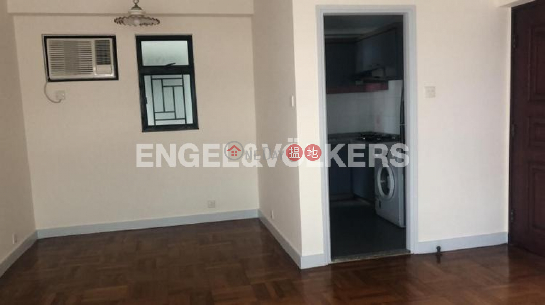 3 Bedroom Family Flat for Rent in Mid Levels West, 52 Conduit Road | Western District | Hong Kong, Rental | HK$ 33,500/ month