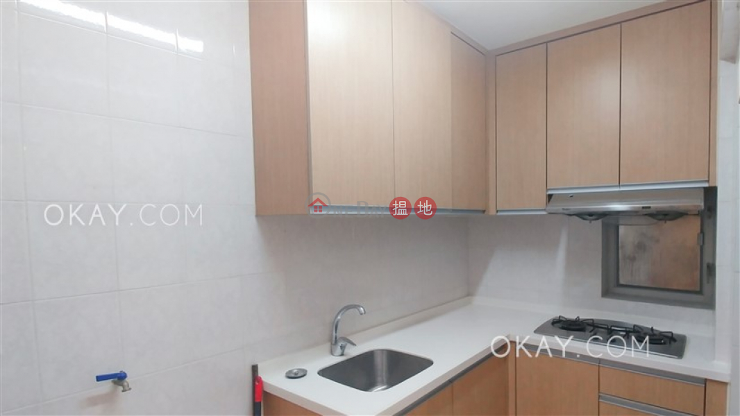 Unique 3 bedroom with balcony | Rental, Hyde Park Mansion 海德大廈 Rental Listings | Wan Chai District (OKAY-R287673)
