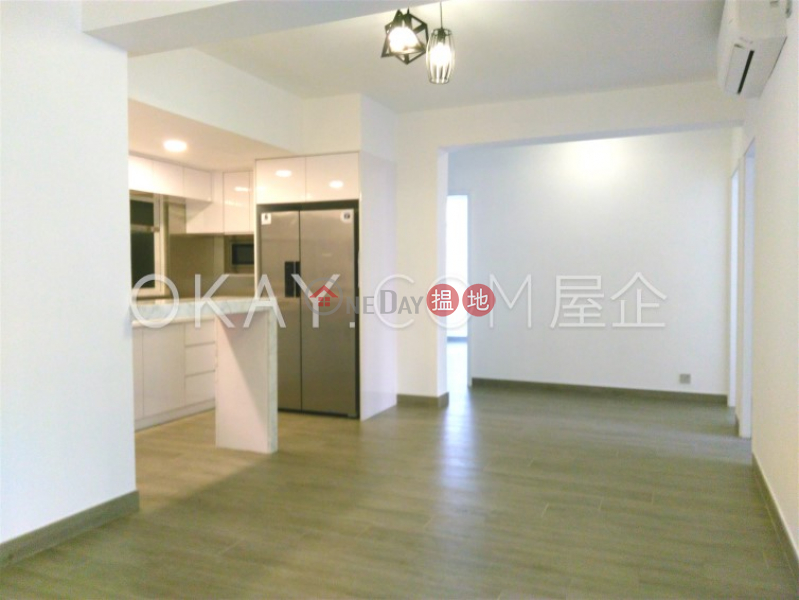 3房2廁,實用率高,露台華興工業大廈出租單位-10三祝街   黃大仙區-香港出租 HK$ 60,000/ 月