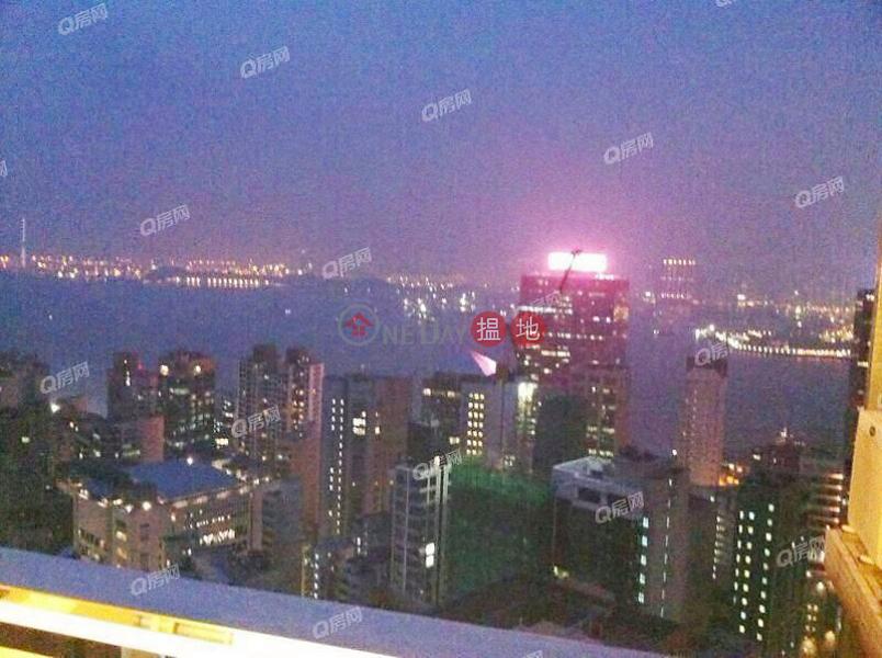 HK$ 90,000/ month | Centrestage | Central District | Centrestage | 3 bedroom High Floor Flat for Rent