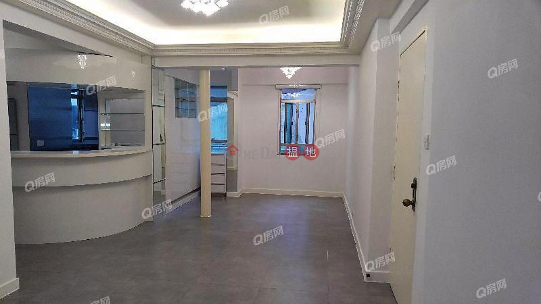 HK$ 40,000/ month   Merry Court Western District   Merry Court   3 bedroom Low Floor Flat for Rent