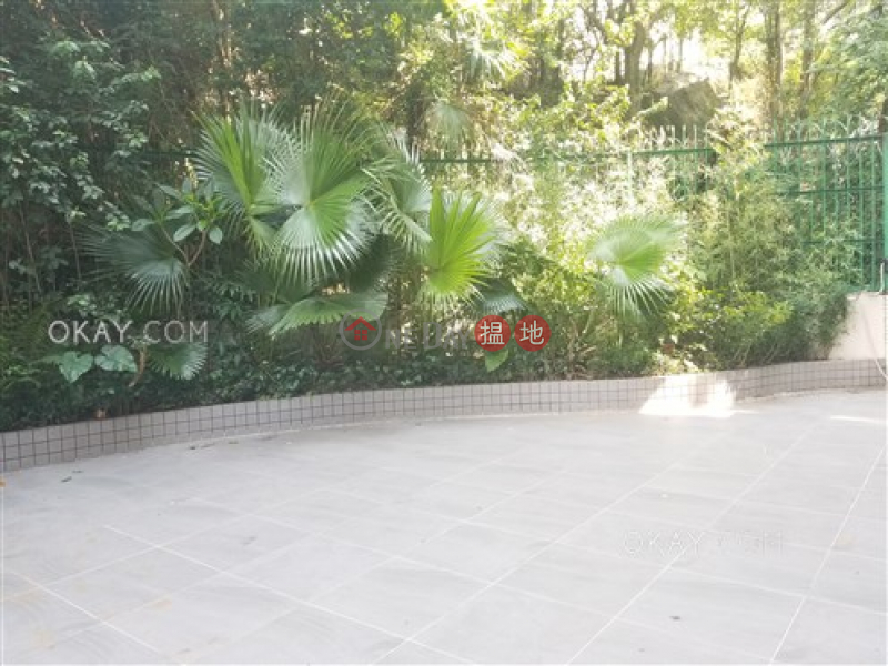 HK$ 27M | Billion Terrace Wan Chai District | Nicely kept 2 bedroom with terrace & parking | For Sale