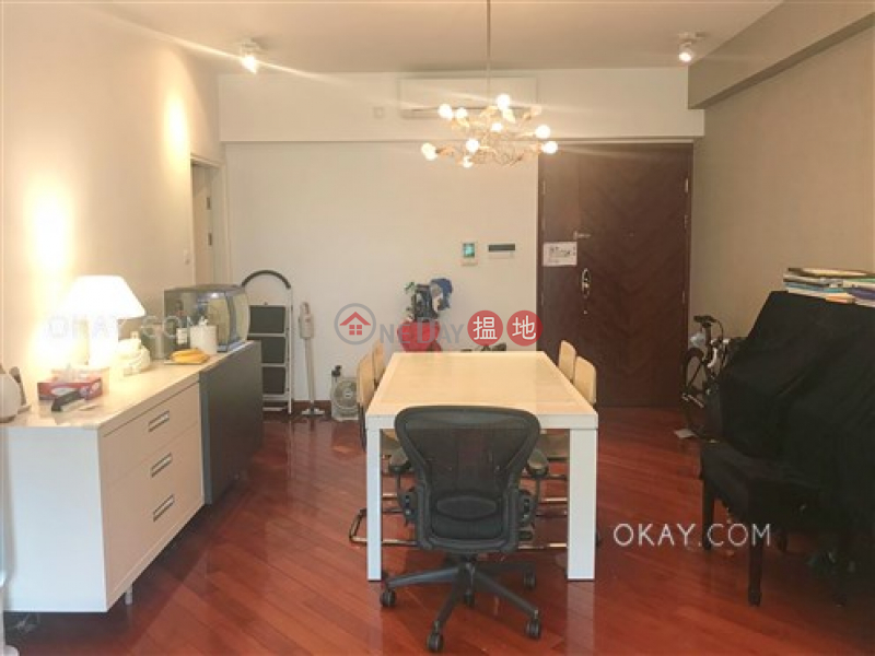 Gorgeous 4 bedroom with terrace | For Sale | MOUNT BEACON HOUSE1-26 畢架山峰 洋房1-26 Sales Listings