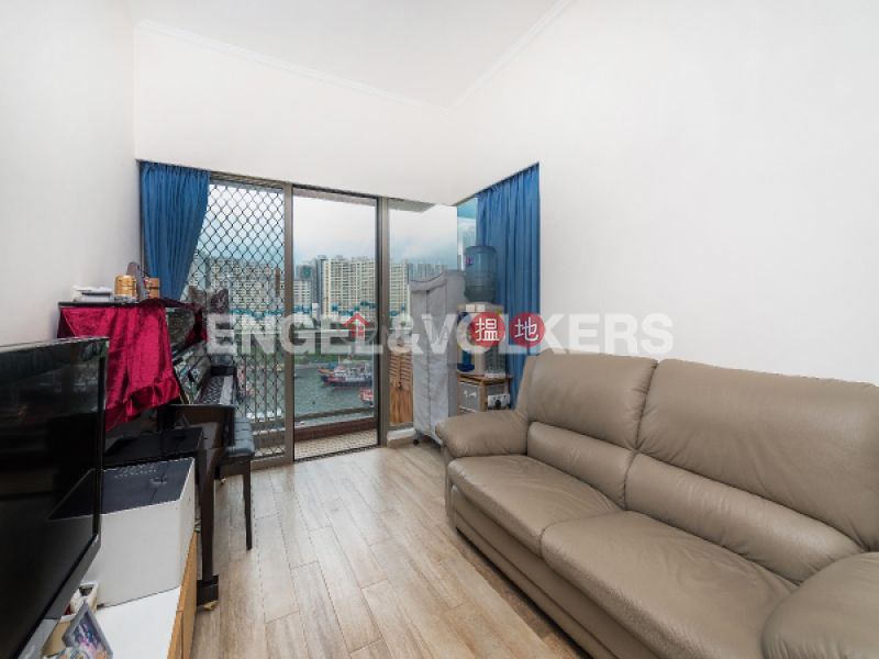 3 Bedroom Family Flat for Sale in Aberdeen 238 Aberdeen Main Road | Southern District, Hong Kong, Sales HK$ 10.48M