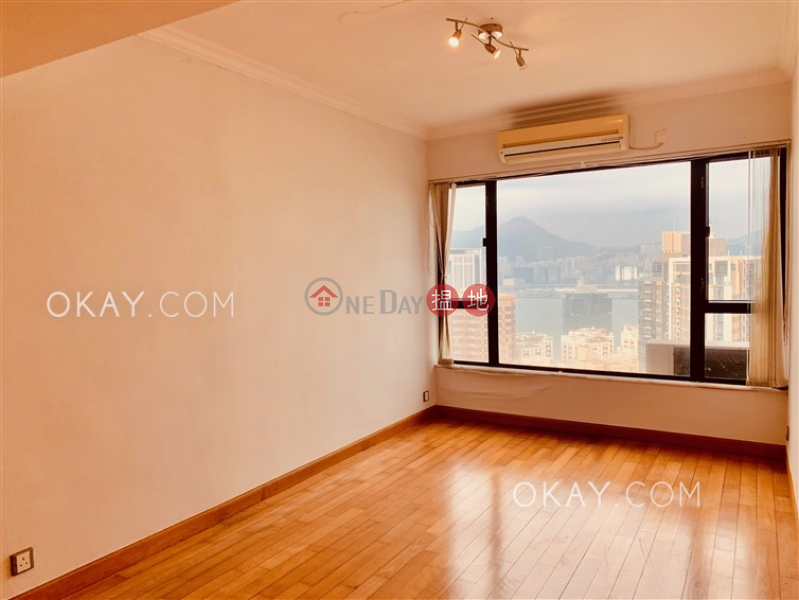 HK$ 50,000/ 月天寶大廈 |東區|3房2廁,實用率高,海景,連租約發售《天寶大廈 出租單位》