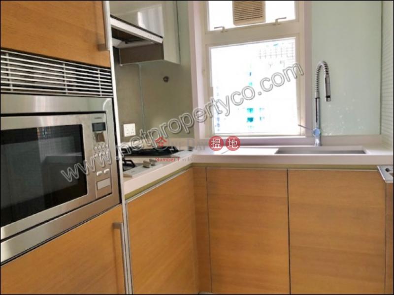 Spacious 3 Bedrooms unit for Rent|中區聚賢居(Centrestage)出租樓盤 (A052526)