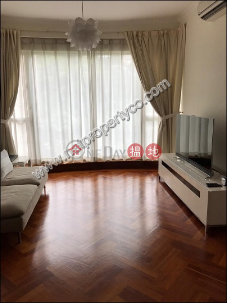 2-bedroom unit with a terrace for rent in Wan Chai | Luckifast Building 其發大廈 Rental Listings