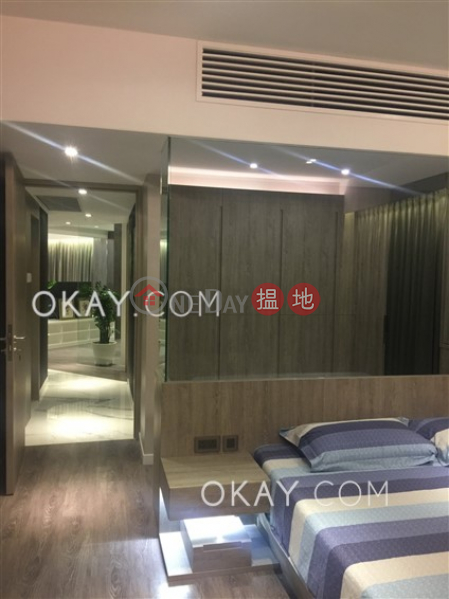 Lovely 3 bedroom on high floor with sea views | Rental | Convention Plaza Apartments 會展中心會景閣 Rental Listings
