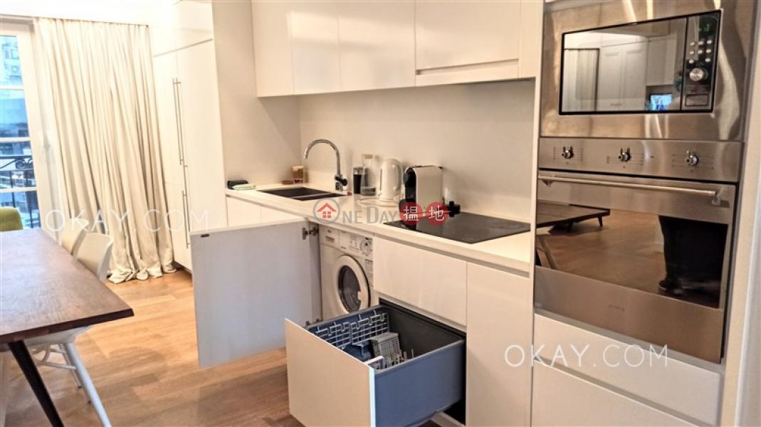Elegant 2 bedroom in Sheung Wan | For Sale | 61-63 Hollywood Road 荷李活道61-63號 Sales Listings