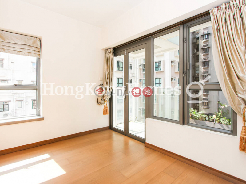 HK$ 34,000/ month Centre Point | Central District, 3 Bedroom Family Unit for Rent at Centre Point