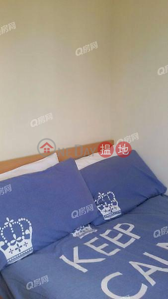 Tat Wo Building | 2 bedroom Mid Floor Flat for Rent 108-110 Aberdeen Main Road | Southern District, Hong Kong | Rental | HK$ 15,500/ month